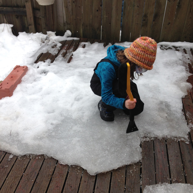 Apr4-L-and-knit-hat-de-icing